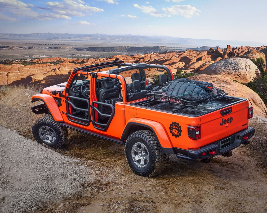 Jeep Gladiator Gravity-01.jpg